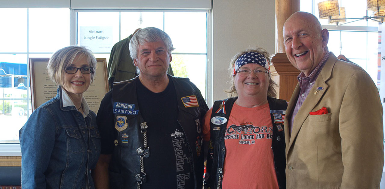 Air Force veterans reunite at Culver's.