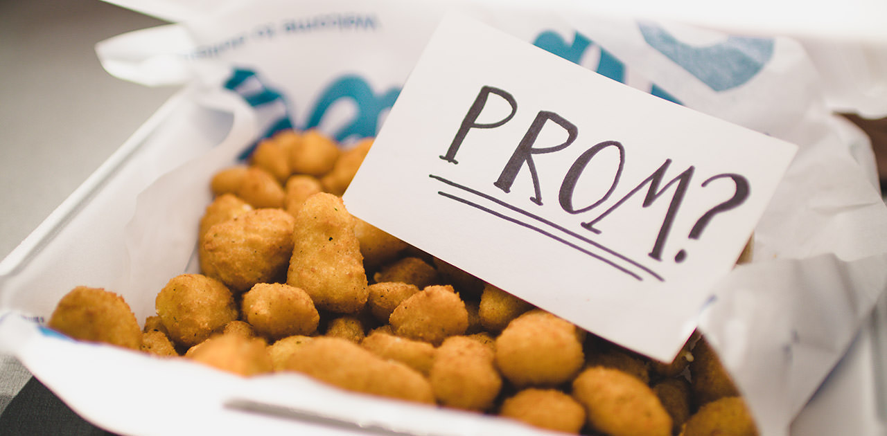 The Best (and Cheesiest) Ways to Ask Someone to Prom