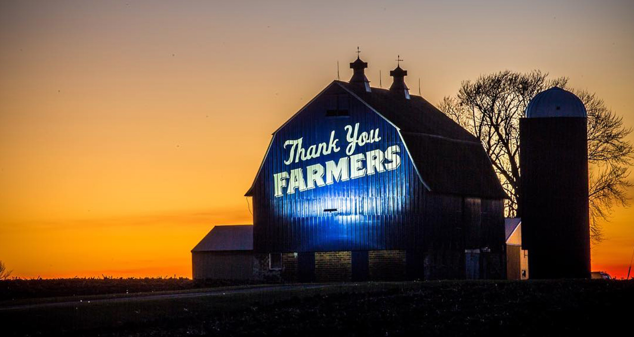 Big Blue Thank You: Our Favorite Thank Your Farmers Blue Barn Photos
