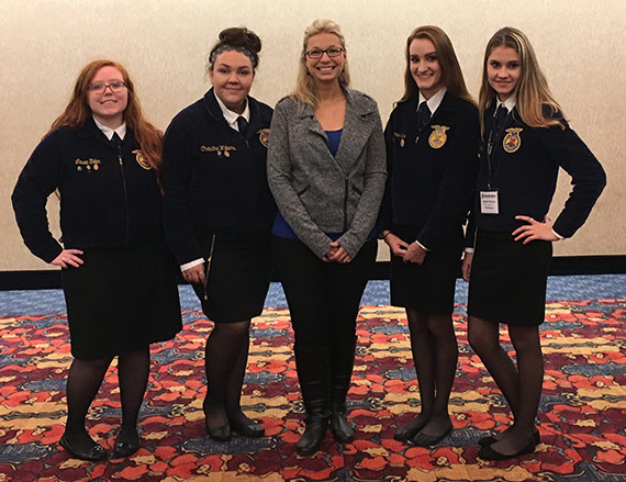 FFA members with Jessie Corning.