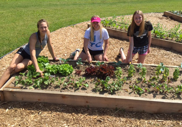 Antigo FFA Grows Community Garden with Culver's Fundraiser